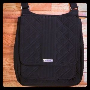 NWOT Vera Bradley Quilted Mailbag in Classic Black